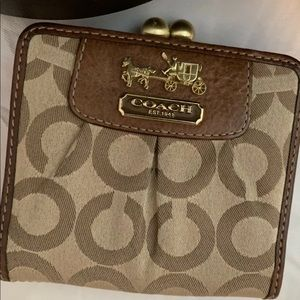 Cute Coach brown and pink leatherware wallet